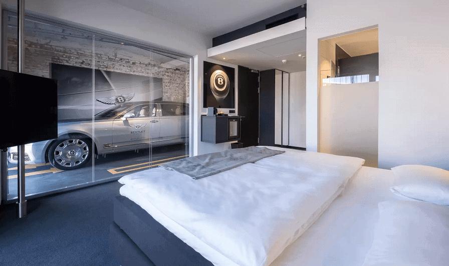 V8 Hotel Koln @MOTORWORLD